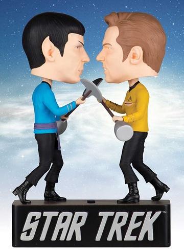 """STAR TREK /""""ORIGINAL SERIES AMOK TIME KIRK VS SPOCK/"""" BOBBLEHEAD NEW IN BOX"""