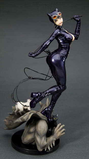 main photo of DC COMICS Bishoujo Statue Catwoman