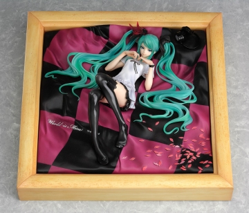 main photo of Miku Hatsune World is Mine Natural Frame Ver.