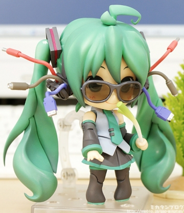 main photo of Nendoroid Miku Hatsune: Absolute HMO Edition