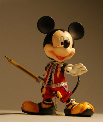 main photo of Play Arts King Mickey Mouse Valor Form Ver.