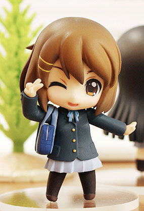 main photo of Nendoroid Petite K-ON! TBSishop & Lawson Exclusive: Yui Hirasawa