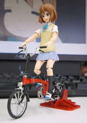 main photo of figma Hirasawa Yui Summer Uniform Ver.