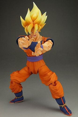 main photo of S.H.Figuarts Son Goku Super Saiyan Special Color Edition