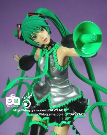 main photo of Hatsune Miku Love is War Ver.