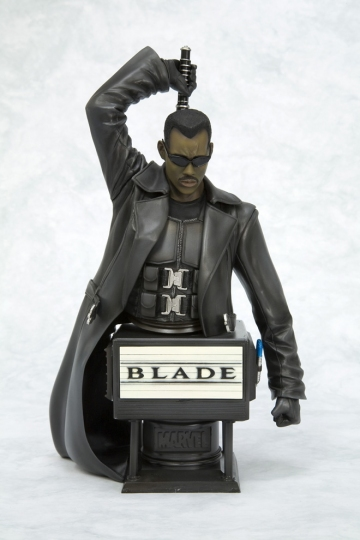 main photo of Movie Fine Art Bust Blade