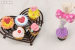 photo of Petit Sample Series Heart-shaped Pastry: Decoration Cupcake