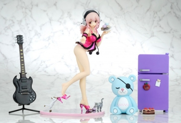 main photo of Creators' Labo #028 Super Sonico Babydoll Strawberry Sorbet ver. DX Edition