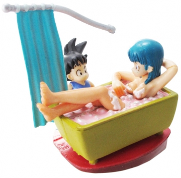 main photo of Neo Capsule Corp Diorama Goku and Bulma in Bath