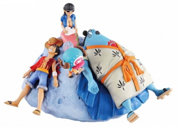 main photo of ONE PIECE Log Box Sorezore no Seichou Hen: Luffy & Jinbei & Robin & Chopper
