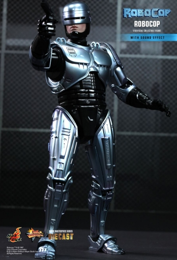 main photo of Move Masterpiece Diecast Robocop