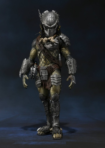 main photo of S.H.MonsterArts Wolf Predator