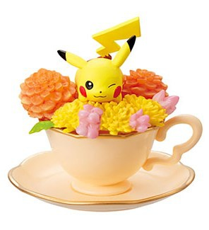 main photo of Pokemon Floral Cup Collection: Pikachu
